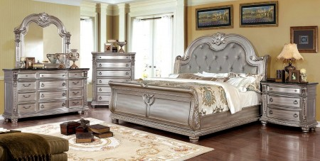 Fromberg Sleigh Bedroom Set in Champagne