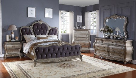 Roma Traditional Bedroom Set in Antique Silver Finish