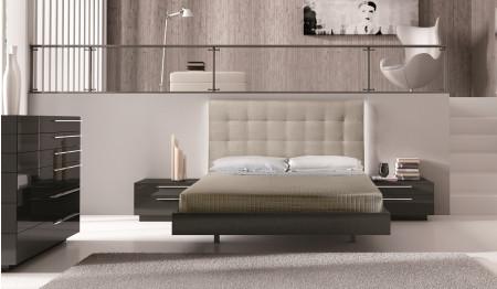 Beja Modern Bedroom Set in Brown