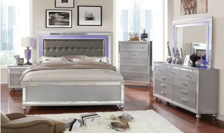 Brachium Bedroom Set in Silver with LED Lights