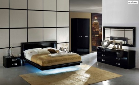 La Star Italian Bedroom Set in Black Lacquer Finish