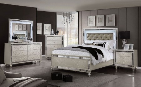Manar Bedroom Set in Silver