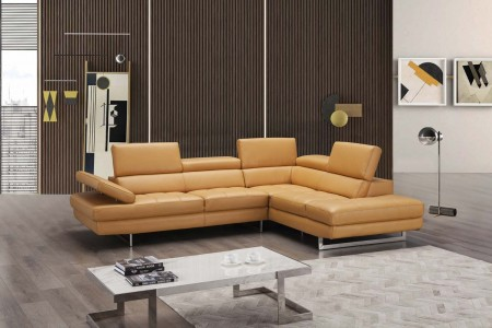 A761 Sectional Sofa in Freesia Leather