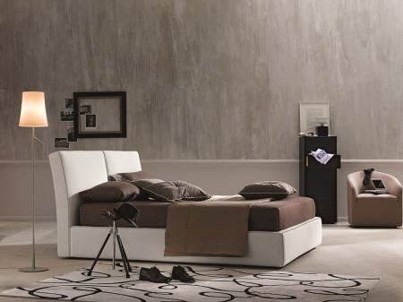 Clay Italian Platform Storage Bed in Ivory