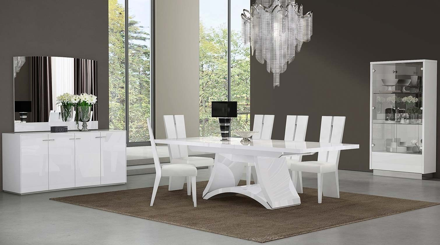 D313 Modern Dining Room Set In White