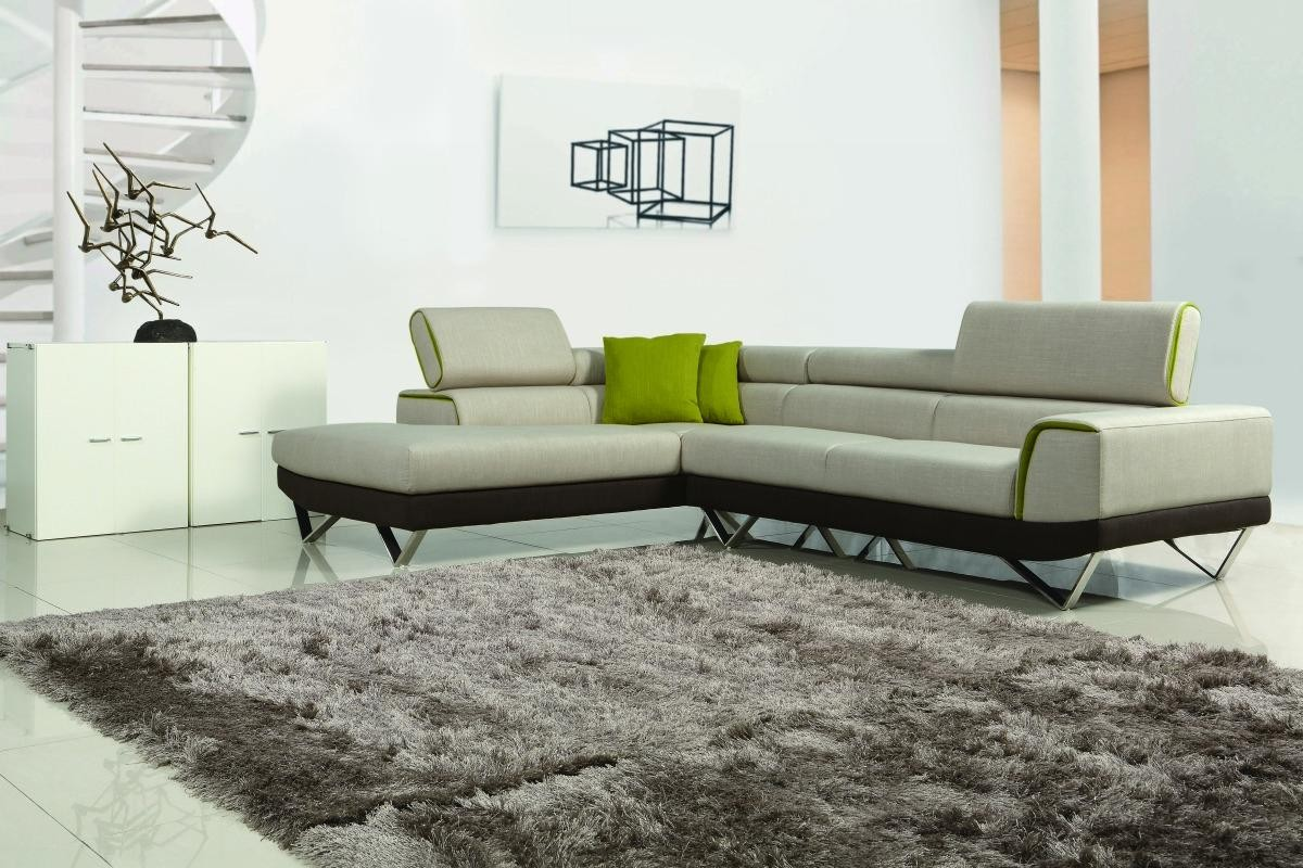 Divani Casa Amy Modern Sectional Sofa in Fabric Upholstery