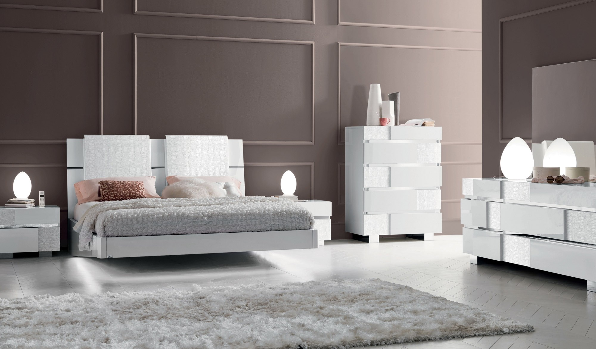 ESF Caprice Italian Bedroom Set in White Lacquer Finish
