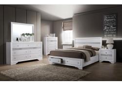 Chrissy Bedroom Set in White Finish