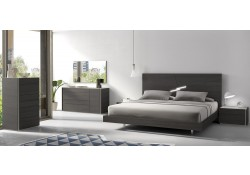 Faro Platform Bedroom Set in Dark Wood Finish