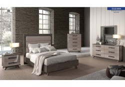 Gabrielle Italian Bedroom Set in Two Tone Finish