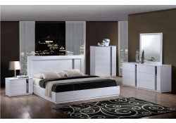 Jody Contemporary Bedroom Set in White Finish
