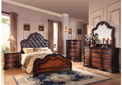 Acme Furniture Le Havre Traditional Bedroom Set