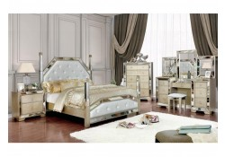 Loraine Bedroom Set in Champagne with Poster Bed