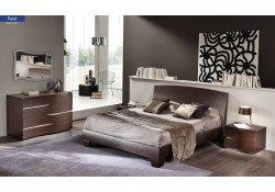 Twist Italian Bedroom Set in Brown Finish Wood
