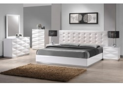 Verona Modern Bedroom Set in White Lacquer Finish