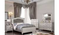 Ariston Bedroom Set in Silver Finish