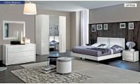 Dama Bianca Italian Bedroom Set in White Finish