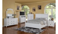 Traditional White Bedroom Set G5975B with Sleigh Bed