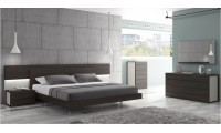 Maia Bedroom Set in Wenge Wood and Light Grey Lacquer