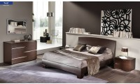 Twist Italian Bedroom Set in Brown Finish Wood