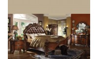 Acme Vendome Traditional Bedroom Set in Cherry Finish